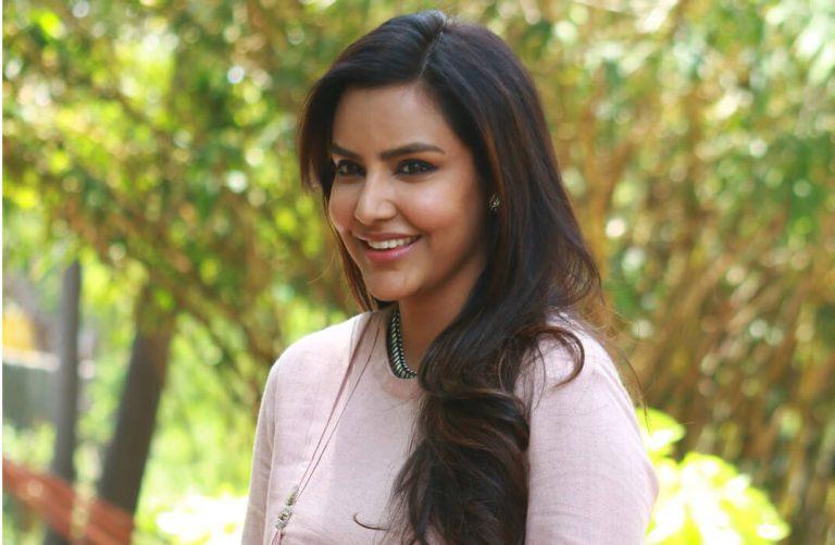 Actress Priya Anand Photo Shoot Images