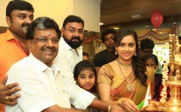 Actress Sri Divya Launches Sri Kanchi Pattu Showroom at Kanchipuram