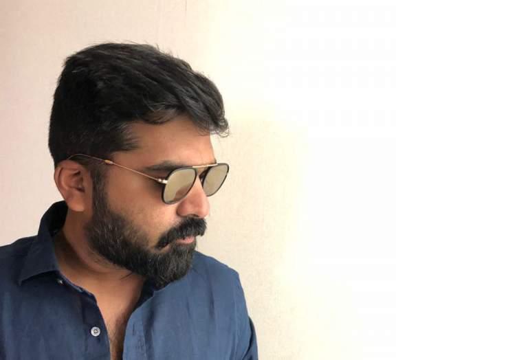 Seeman to revive Vijay's Pagalavan with STR?